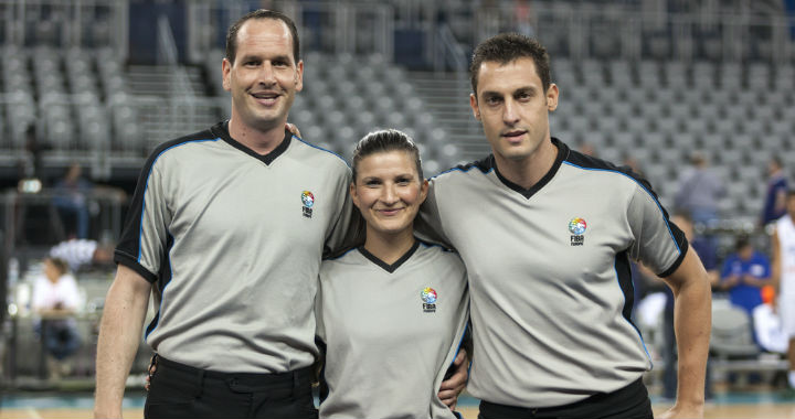 basketball referees
